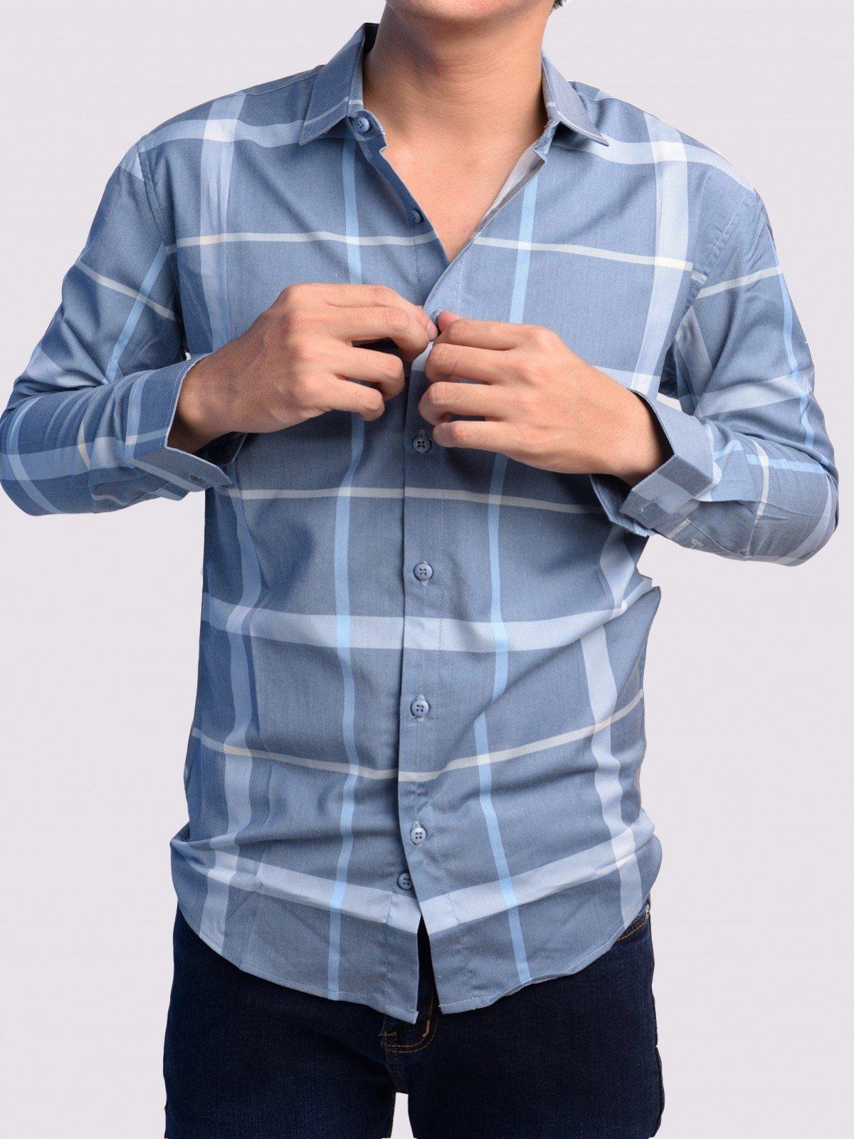 Kết hợp quần jean tối màu với áo sơ mi sáng màu - quy tắc bất di bất dịch