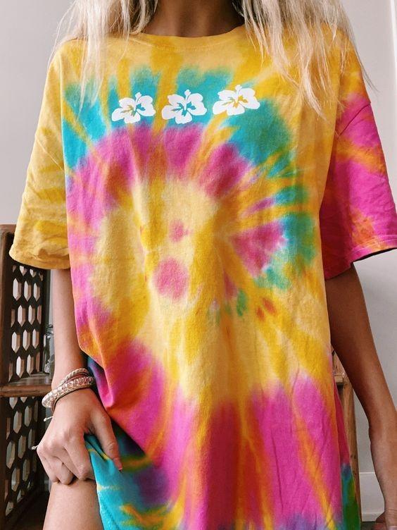 áo thun nữ tie dye loang màu